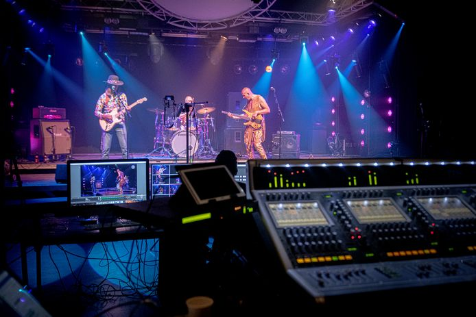 Livestream van The Hendrix Alive Project in Brogum.