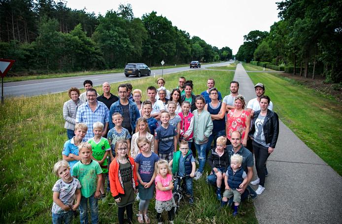 Aanwonenden van de Langstraat in Deurne over de aanpak plannen van deze weg