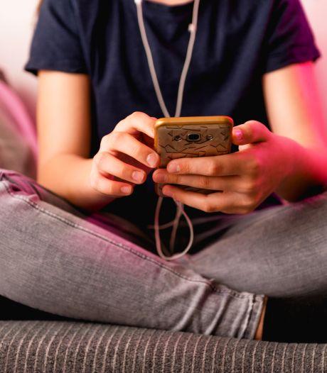 Ruim helft meisjes krijgt te maken met online-intimidatie