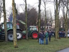Boze boeren willen met tractoren naar Stadhuis van Apeldoorn: grote zorgen over 'aanval op megastallen'