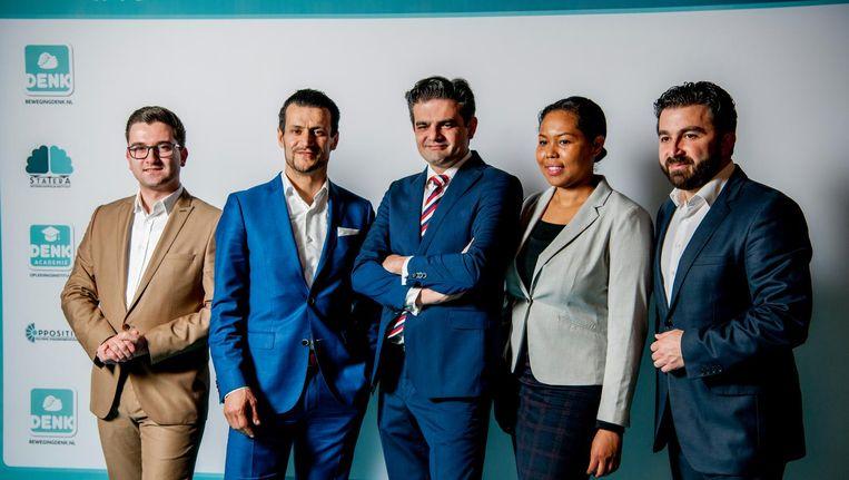Groepsfoto van de vijf hoogstgenoteerde kandidaten van Denk. Beeld Robin Utrecht