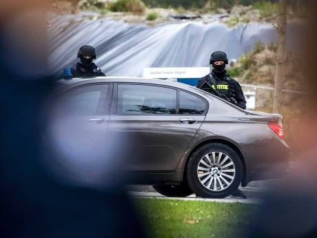 Extreme beveiliging rond proces tegen Taghi: zwaarbewapende politie op elke straathoek