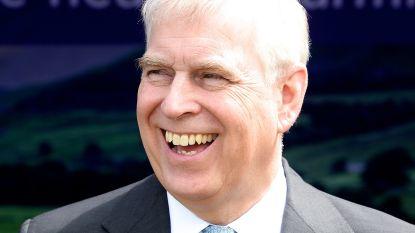 De Britse monarchie ontrafeld, deel 2: waarom prins Andrew weer lachend door het leven gaat