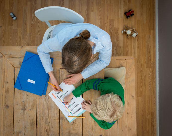 Het aantal kinderen en jongeren in Eindhoven dat gebruikmaakt van jeugdzorg neemt af.