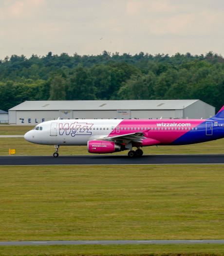 WizzAir-vliegtuig breekt start af op Eindhoven Airport