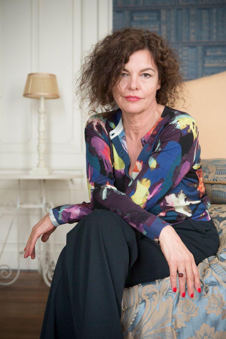 """""""Van de honderd regisseurs met wie ik werkte, konden er een stuk of drie hun handen niet thuishouden"""", zegt actrice Hilde Van Mieghem."""