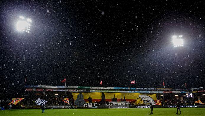 De Adelaarshorst voor Go Ahead Eagles - FC Utrecht.