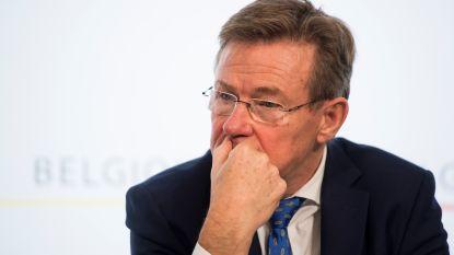 Van Overtveldt laat Brusselse vzw doorlichten nadat directeur 18 jaar lang tot 1.000 euro per dag verdiende