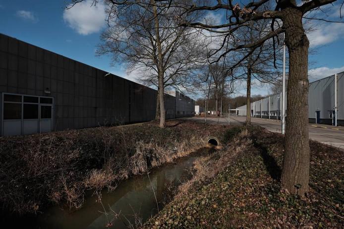 Het nieuwe asielzoekerscentrum zou mogelijk op het BAT-terrein in Zevenaar kunnen.