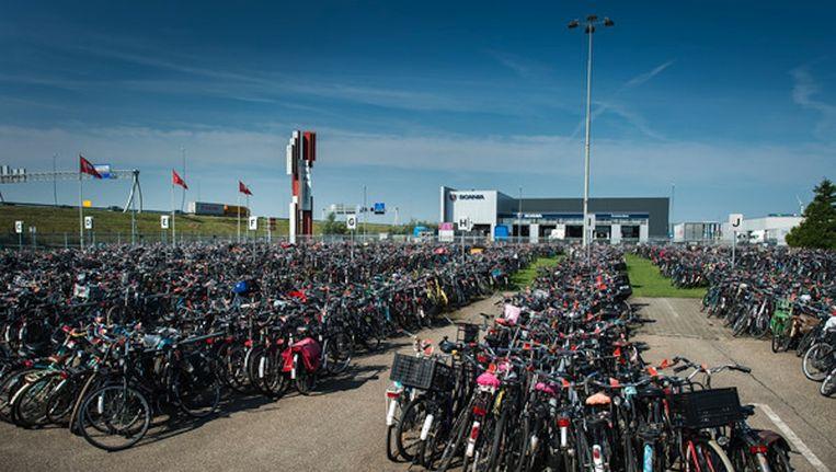 Minima hadden van het geld aan het werk gekund bij het fietsdepot in West Beeld Mats van Soolingen