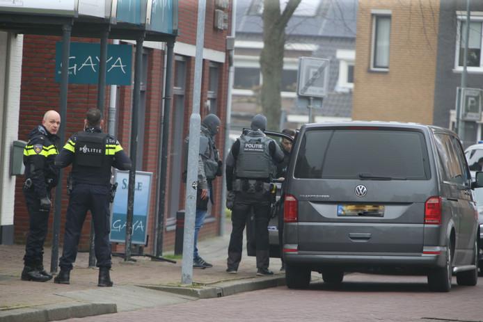 Schoten gelost bij poging aanhouding door arrestatieteam in Rosmalen