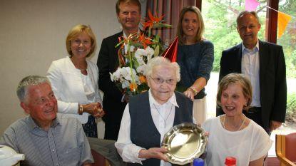 Zuster Ann Baetens viert honderdste verjaardag