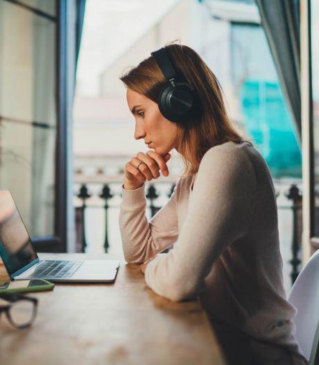 Moeten we tijdens het thuiswerken altijd reageren op appjes van de baas?