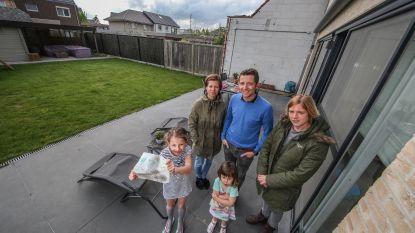 Drie gezinnen zitten al drie jaar in het stof door fout aannemer