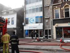 Brand in pand in Willemstraat in Eindhoven onder controle; geen mensen in pand aangetroffen