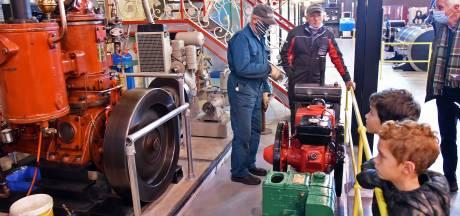 Ronkende motoren in Industrieel Museum Sas van Gent