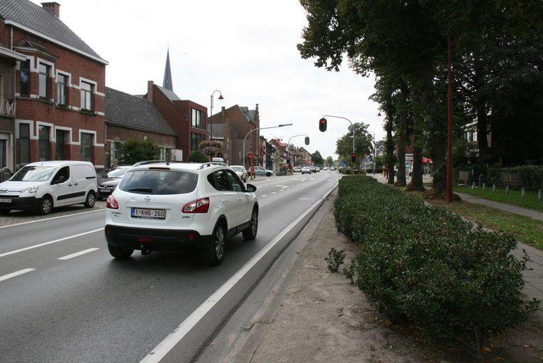 Volgend jaar zal de drukke Dorpsstraat meer dan een jaar lang onderbroken zijn door weg- en rioleringswerken.