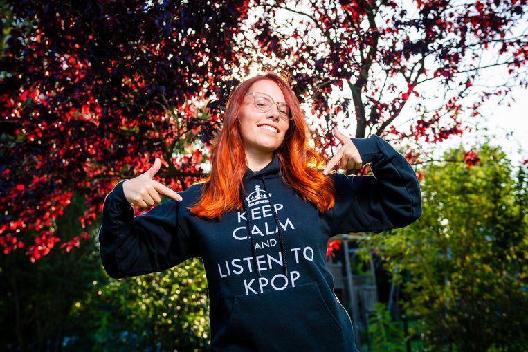 Sofie van den Broek van K-Pop Belgium Society, de Belgische fanvereniging.