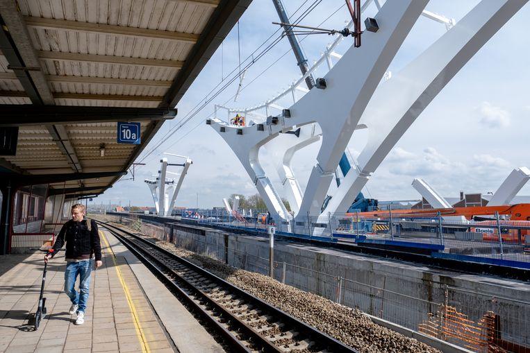 Nieuwe constructies aan het station van Mechelen.