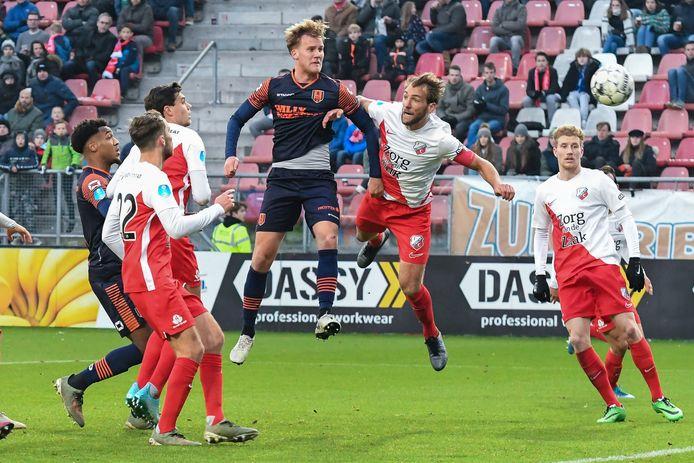 Melle Meulensteen wint het in de lucht van Willem Janssen en bezorgt RKC de zege tegen FC Utrecht. Toch begint hij zondag waarschijnlijk op de bank.
