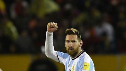 Op de grote momenten staan de grote jongens op: Lionel Messi knalt Argentinië met hattrick naar WK in Rusland