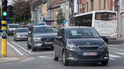 Vlaanderen investeert 6.075.000 euro in wegen : Ook Brusselsesteenweg Melle wordt aangepakt