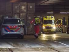 Man komt vast te zitten in machine bij bedrijf in Ermelo: slachtoffer naar ziekenhuis