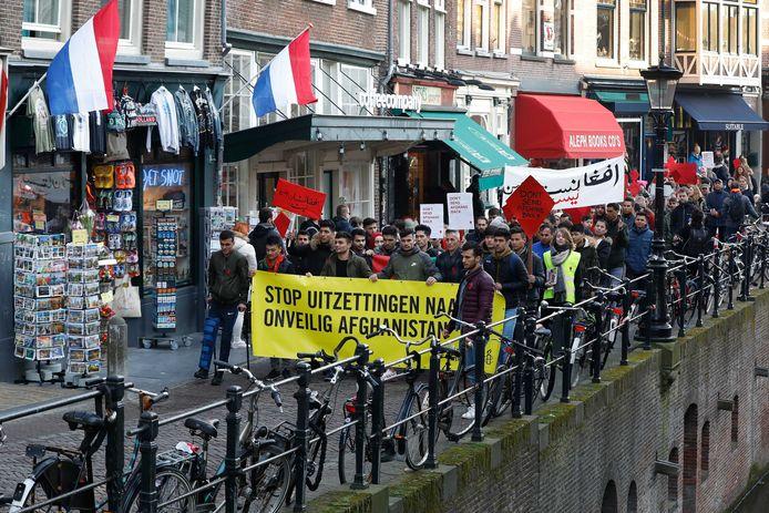 Een protest in Utrecht eerder dit jaar, tegen de uitzetting van Afghaanse vluchtelingen.