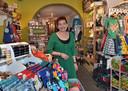 Sjaantje van der Tang in haar winkel in Middelburg.