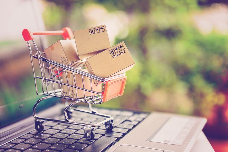 Online shoppen wordt steeds populairder.