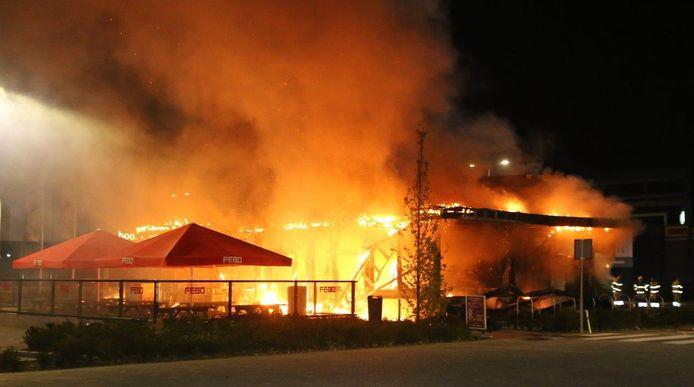 De Febo in Den Bosch ging in vlammen op.
