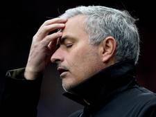Mourinho woest op zijn spelers: Slecht team verdient straf