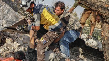 """""""Russische luchtaanval doodt 13 burgers in vluchtelingenkamp"""""""