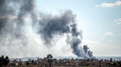 Meer dan 150 IS-strijders geven zich over bij strijd om allerlaatste restje kalifaat