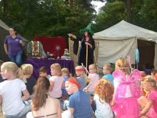 Tovenaars en feeën uit Demen bevolken de Herpense bossen tijdens vakantiekamp