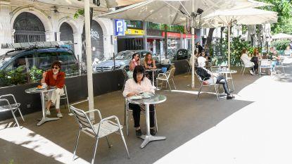 Vlaanderen wordt één groot terras: parkeerplaatsen opgeofferd en straten afgesloten ten gunste van horeca