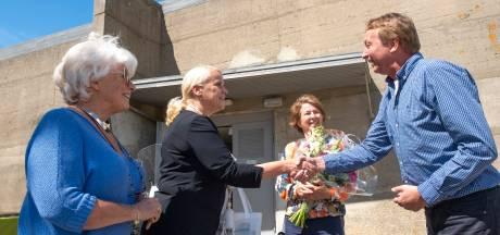 Marleen Joustra uit Apeldoorn is de 65.000ste bezoeker van het Watersnoodmuseum