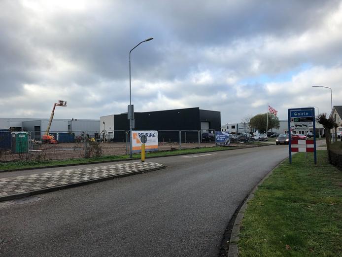 Volop nieuwbouwactiviteit bij de entree van bedrijventerrein Tijvoort in Goirle.