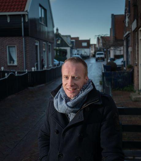 Burgemeester Cees van den Bos komt bij van 'koude douche' op Urk: 'Ik had onrust verwacht, maar niet zó snel'
