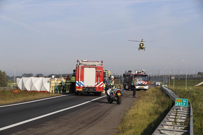 De traumahelikopter landde bij de plaats van het ongeval op de N50.