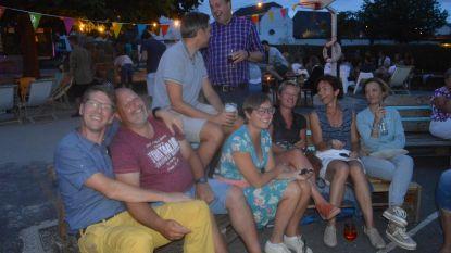 Zomerbar 'Baratom' presenteert 'Atom Beach'