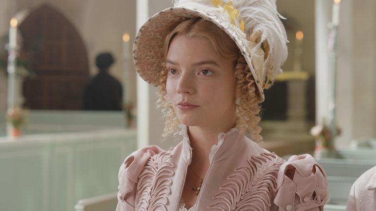 Anya Taylor-Joy als Emma/  Beeld