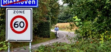 Riethoven teleurgesteld over vertraging aanleg fietspad