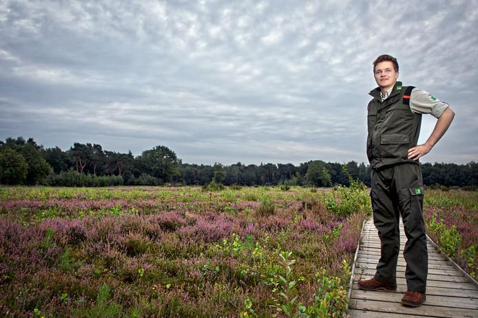 Boswachter Floris Hoefakker is de nieuwe boswachter publiek in het Bredase Mastbos.
