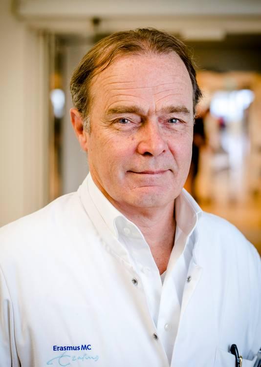 Prof. dr. Casper van Eijck,  chirurg in het Erasmus MC in Rotterdam en autoriteit op het gebied van alvleesklierkanker: 'Slag om de arm houden.'