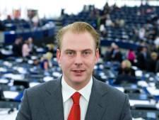 Ex-PVV'er hoeft niet de cel in voor verleiden van meisjes