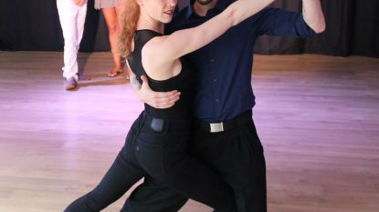 Kortrijkse tangoschool verhuist naar Izegem