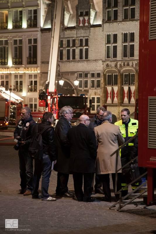 Verslaggever Coen Hagenaars deed verslag bij de brand in 2013 bij hotel De Draak in Bergen op Zoom.