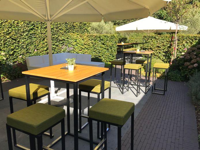 Het terras van pop-up restaurant De Lage Vuurse in Oostakker is coronaproof.