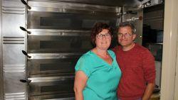 """Katia en Filip ruilen bakkerij voor job bij ijsfabrikant: """"Eindelijk onze kleinkinderen zien opgroeien en niet vroeger naar huis bij vriendenbezoek"""""""